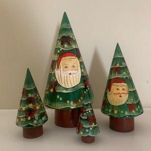 Christmas Trees a set of 4.  Nesting trees. EUC